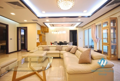Exquisite furnished apartment for rent in L Tower, Ciputra